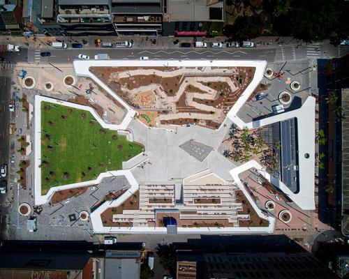 Prahran Square combines a park, a square and a network of pathways / John Gollings