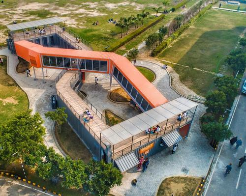 The café covers an area of 2,880sq ft (270sq m) at ITS Dental College in Greater Noida, India / Rahul Jain