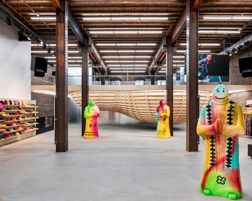 Brinkworth suspends skate bowl in San Francisco store