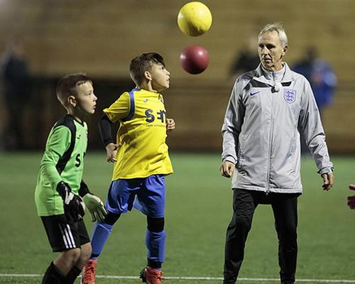 New FA guidance: children under the age of 12 should not head footballs in training