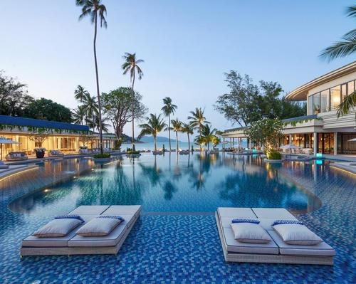 Located on Choeng Mon Beach, Meliá Koh Samui resort has 159-rooms and 41-suites