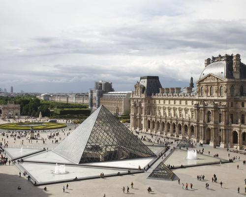 The Louvre reopened on Wednesday following a three-day closure / The Louvre